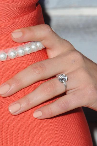 100 Years Of Engagement Ring Trends And The Celebs Who Rock Them Life Relationships Tlc