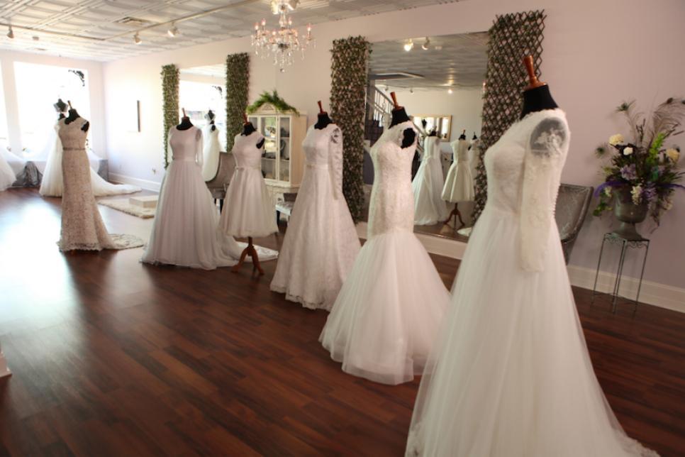 Joy S Wedding Dress Fitting Counting On Tlc Com